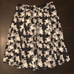 Black & White LulaRoe Skirt